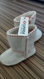 SUPERGA - Boots for girl,  BEIGE- RED colourMONGOLIA WOOL SIZE UK 9,5 EURO 27.