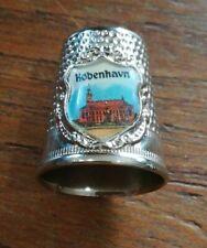 Dé à coudre de collection COPENHAGUE  DANEMARK. métal écusson blason C26