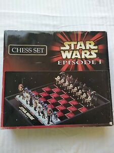 Star Wars Episode 1Chess Set Complete Great Condition