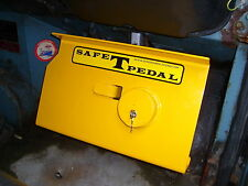 VW EARLY /& LATE BAY WINDOW SAFE T PEDAL VW SECURITY IN YELLOW RIGHT HAND DRIVE