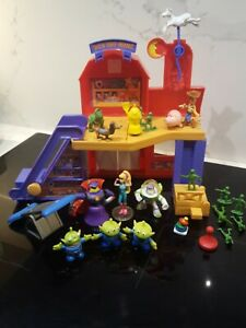 Toy Story ALS TOY BARN playset & figures bundle RARE