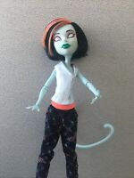 FREAKY FUSION Monster High 2008 SCARAH SCREAMS - TORALEI
