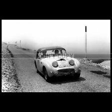 Photo A.012877 AUSTIN HEALEY SPRITE SPRINZEL-CAVE COUPE DES ALPES 1958