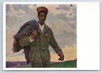 SOLDIER WORKER Asian Soviet working Socialist Realism Soviet USSR Postcard