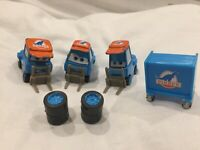 Disney Pixar Cars DINOCO KING PITTY PIT CREW Diecast 1:55 MATTLE TOKYO DRIFT
