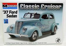 Revell 1937 Ford Sedan Kit