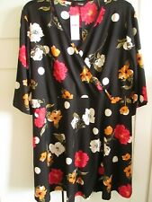 YOURS BLACK FLORAL TOP SIZE 22/24 BNWT