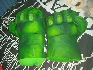 Marvel Hulk Large Hands / Fists - Incredibles - Green, The Hulk