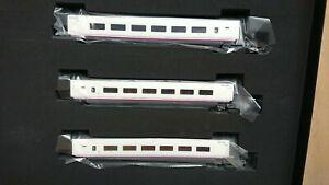 Electrotren E3521 3 x Intermediate AVE S-100 Coach Set RENFE Period VI