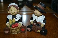 Two whimsical Fall/Thanksgiving Pilgrim figurines - Fb1.
