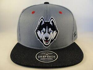 Connecticut UConn Huskies NCAA Zephyr Snapback Hat Cap Gray Navy