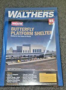 Walthers HO Scale Butterfly Platform Shelter Kit NIB