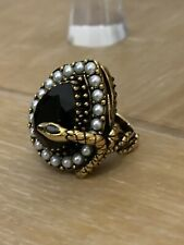 Alexander McQueen Gota De Serpiente Anillo Tamaño 15 Perlas y Cristal Incrustado RP £ 375