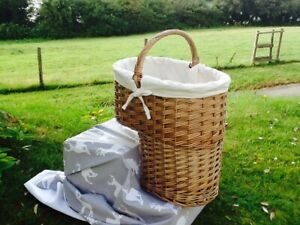 GORGEOUS DOUBLE STEAMED WILLOW STAIR BASKET WITH WHITE LINING.