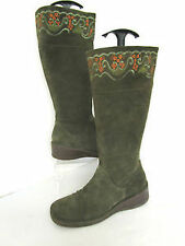 Women's Suede Boots in Floral Pattern