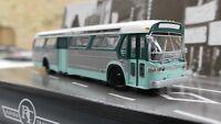 "Rapido 701025 LAMTA Los Angeles #5301 Ho Scale ""New Look Bus"" Standard Edition"