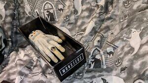 Universal Studios Monsters Electronic The Mummy Crawling Hand - RARE HTF