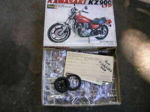 1977 Revell Kawasaki KZ900 motorcycle model kit