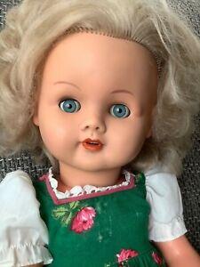 Alte Puppe-MMM-50cm, 1600/50, ca. 1960, Schlafaugen, Geräusch beim Beugen, Kleid