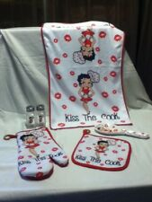 "BETTY BOOP 5 PC. KITCHEN SET - ""KISS THE COOK'"" -BRAND NEW STYLE  -GREAT PRICE !"