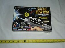 Vintage 1994 Star Trek Original Series Classic Phaser Toy Nib Playmates.