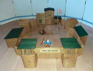 VERO Western Stadt Fort Red River DDR Indianer Cowboys Holz Spielzeug