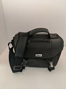 Nikon Deluxe Camera Bag Case