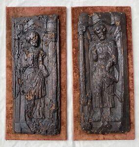 Paire de panneaux bois sculpté de Saints ou Martyrs, Haute Époque, XVIe XVIIe ?