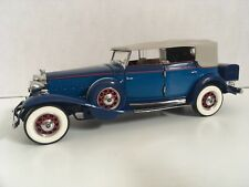 New ListingFranklin Mint 1932 Cadillac 1:24 w/box missing hood ornament