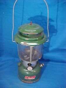 1971 COLEMAN LANTERN Model 220F w GREEN PORCELAIN Top