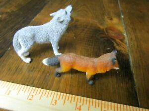Schleich howling gray wolf with Safari Red Fox