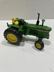 Ertl 1:32 Scale John Deere 4020 Tractor and Museum Edition