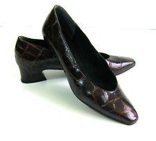 STUART WEITZMAN Brown Patent Leather Moc Croc Low Heel Pumps Shoes Sz 7M