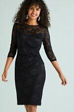 Negro Encaje Vestido de recopilación frontal