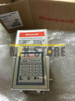1pcs Brand New ones Honeywell V4055A 1114 V4055A1114