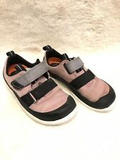Clarks Baby Girl Canvas Shoes Size 7.5F Dusky Pink Comfy Adjust Strap Nursery