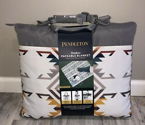 """Pendleton Outdoor Packable Picnic Beach Camping Blanket White Multi 60""""x72"""" NEW"""