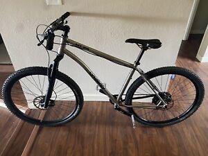 Lynskey MT29 Titanium Frame Hardtail Mountain Bike - Size Large