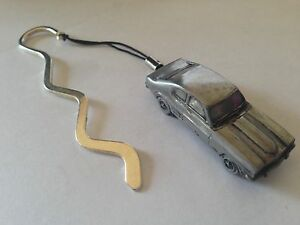 Ford Capri Mk3 FULL CAR on a CURVED bookmark with cord ref74