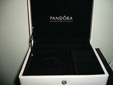 NEW IN BOX 100% AUTHENTIC PANDORA GENUINE CREAM LEATHER JEWELRY BOX RETIRED