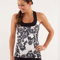 Lululemon Size 6 Scoop Neck Tank Laceoflage Polar Cream Black Rose Floral