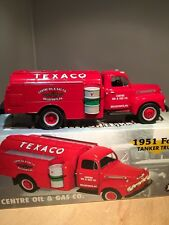 TEXACO CENTRE OIL & GAS 1951 TANKER DIE CAST REPLICA - FIRST GEAR (19-2285) RARE