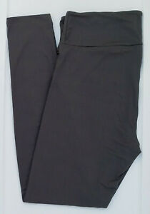 TC2 LuLaRoe Tall & Curvy2 Leggings Beautiful Solid Gray Rare ! NWT 11