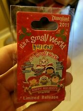 DLR - 'it's small world' Holiday 2011 Stitch, Ariel, Marie, Lilo Disney Pin