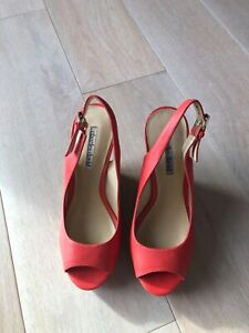 Women's Charles David Coral Leather Platform Wedge 7