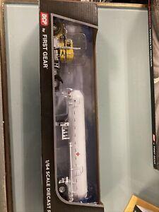 "1/64 DCP kenworth W900A 36"" sleeper w/ mississippi tanker"