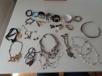 Bulk Lot Of Vintage  Jewellery Necklaces, Bracelets, Earrings, Ring Brooch (M7)