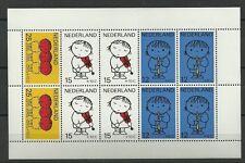 NVPH 937 KINDERBLOK POSTFRIS 1969 CAT.WAARDE 8,00 EURO