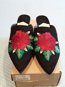 8 E embroidered shoes / mules BNIB