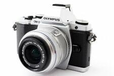 Olympus Om-D E-M5 16.1MP 14-42mm Kit de Lente Plata [ EXC Con / Flash,Tira [593]